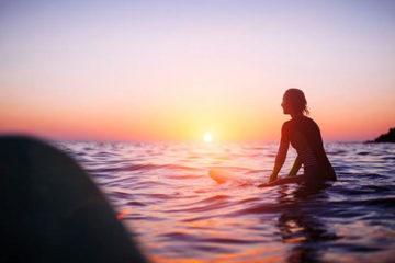 surfing in albufeira