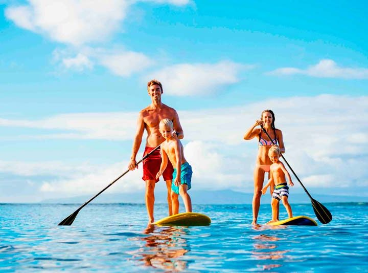 family stand up paddle boarding tour