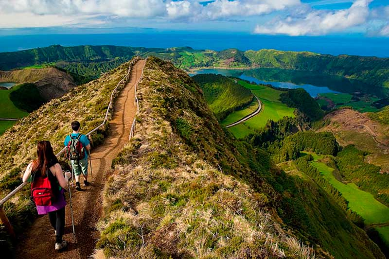 azores walking tours