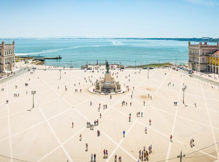 lisbon walking tours